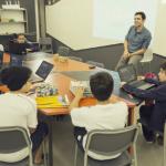 Alunos em atividade do curso Tech Startup - Gabo Morales