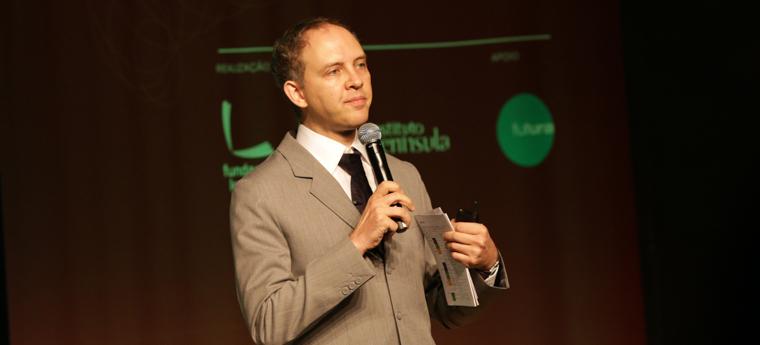 Paulo Blikstein concedeu palestra no Transformar 2015