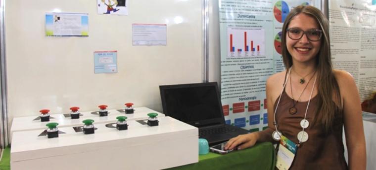 Milena durante Fetec MS 2015, realizada em novembro, em Campo Grande