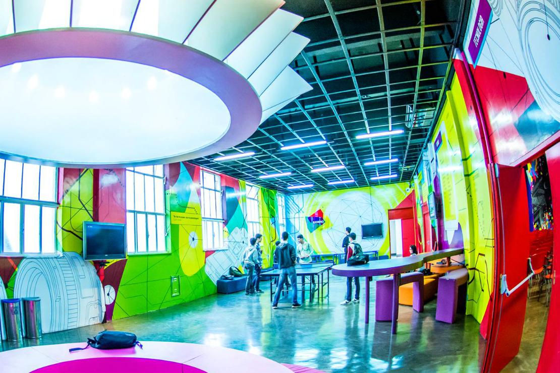 Escola precisa ter arquitetura responsiva para promover troca com seu entorno