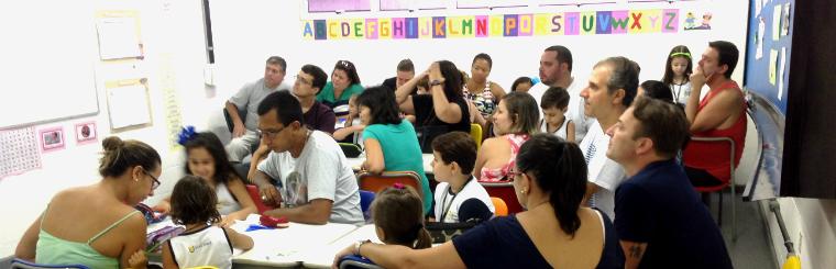 Formação dos pais no Colégio Novo Tempo. Crédito: Divulgação